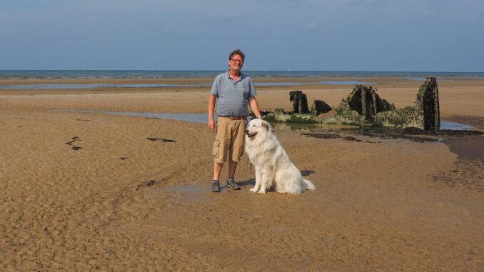 Ulrich Hochlechner mit seinem Patou. Foto: privat