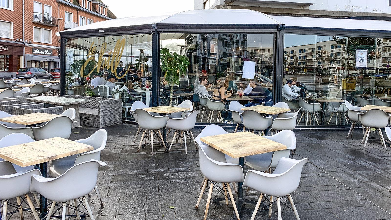 Calais: Café-Restaurant Chill an der Place d'Armes. Foto: Hilke Maunder