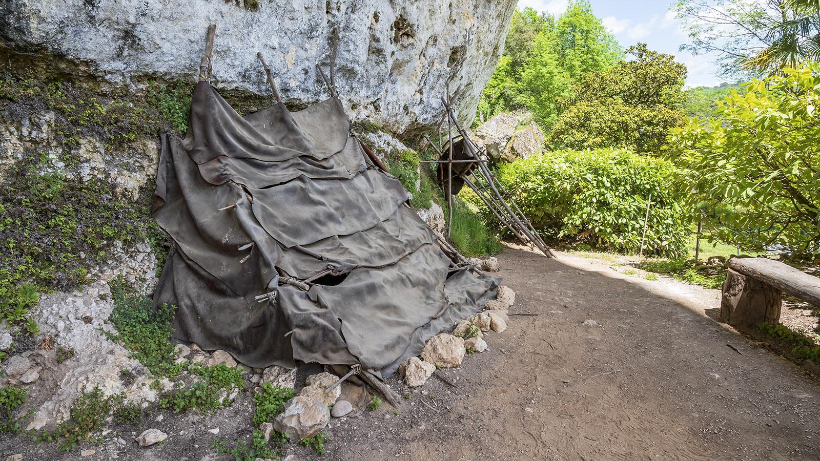 Laugerie-Basse: In solchen Lederzelten lebte der Magdalénien. Foto: Hilke Maunder