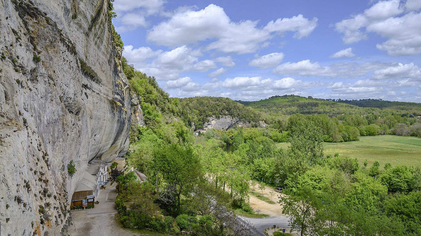 Der Blick vom Grand Roc auf das Tal der Vézère. Foto: Hilke Maunder