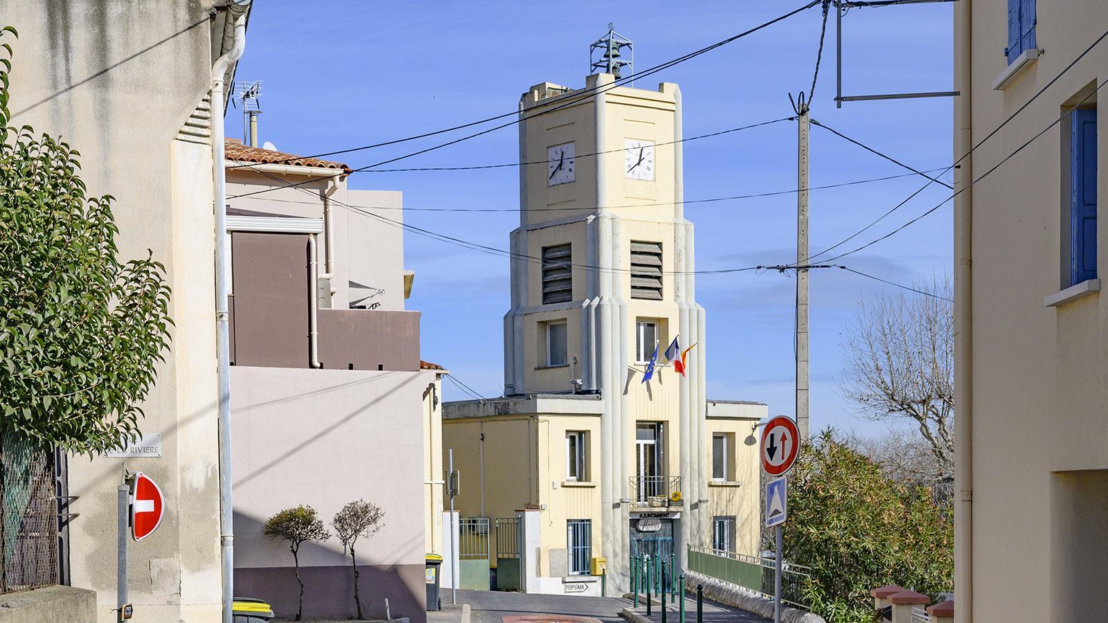 Das Rathaus von Cases-de-Pène. Foto: Hilke Maunder