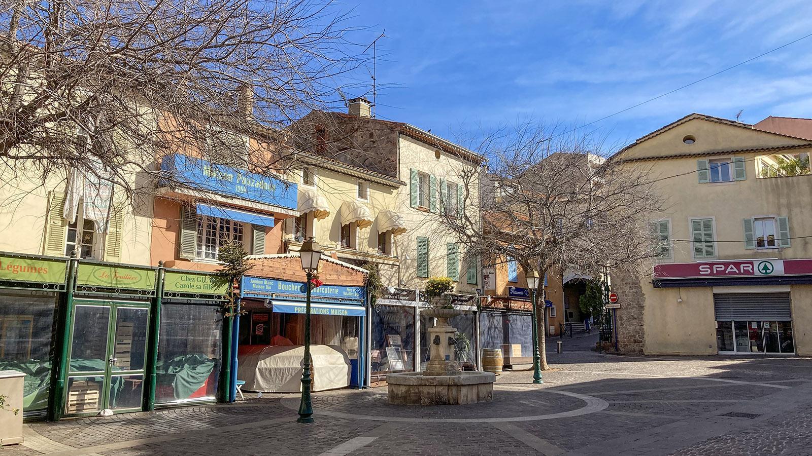 Sainte-Maxime: Marktplatz. Foto: Walter Kellner