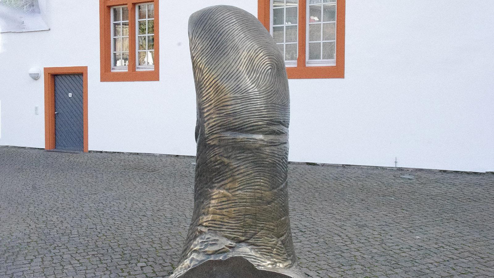 Koblenz: Der Daumen von César. Foto: Werner Münzel