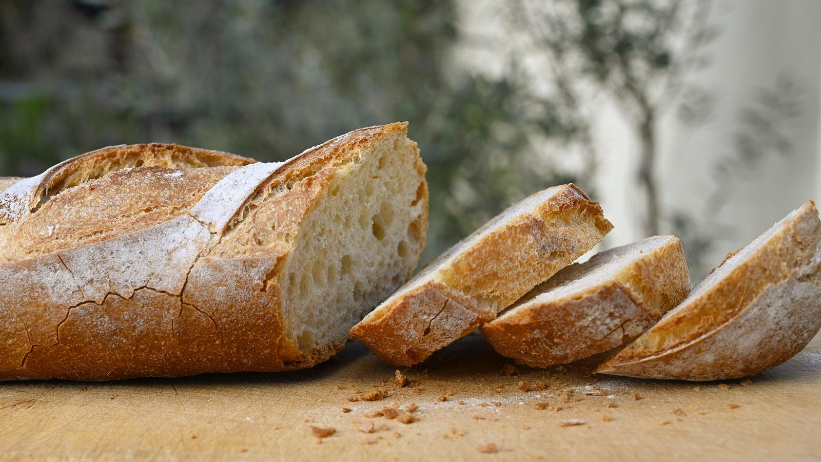 Baguette frisch vom Bäcker...<em>miam</em>! Foto: Hilke Maunder