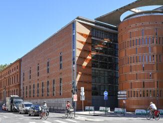 Pascal Prunet entwarf den neuen Palais de Justice, der 2008 im Carmes-Viertel von Toulouse seinen Betrieb aufnahm. Foto: Hilke Maunder