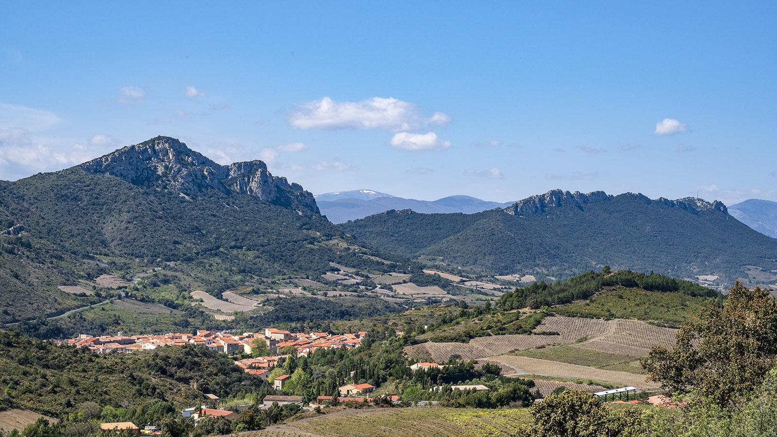 Maury vom Chemin des Amorioles aus Foto. Hilke Maunder