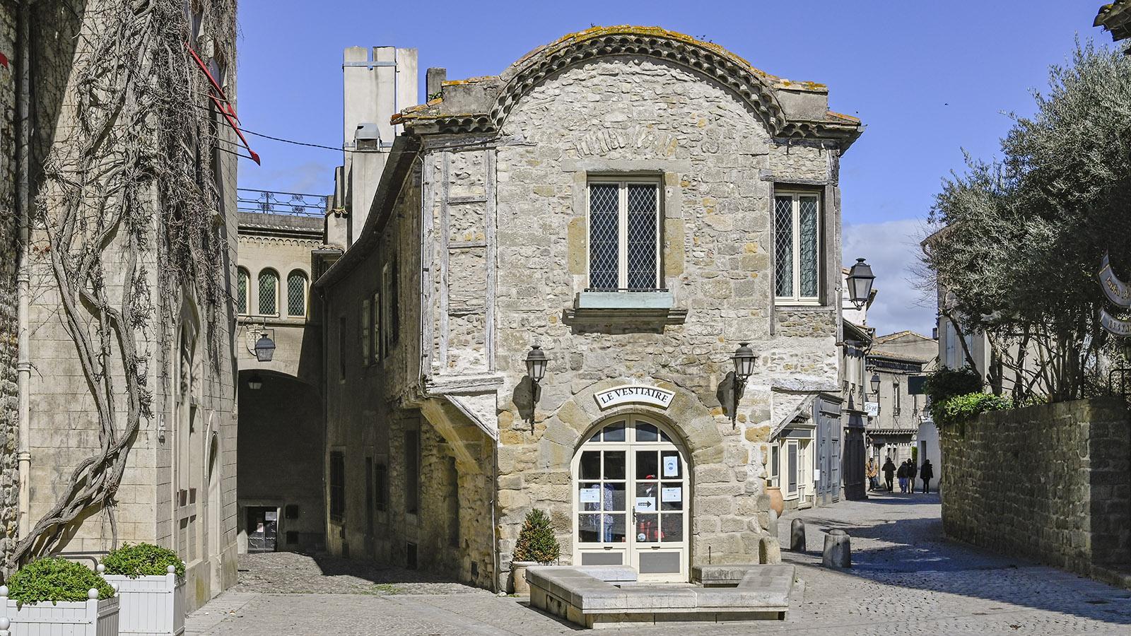 Carcassonne. Die Rue Saint-Louis der Cité. Foto: Hilke Maunder