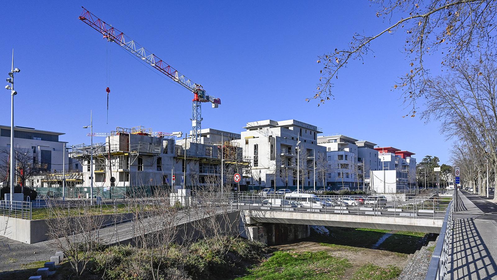 Nîmes: Universitaire Hoche. Foto Hilke Maunder
