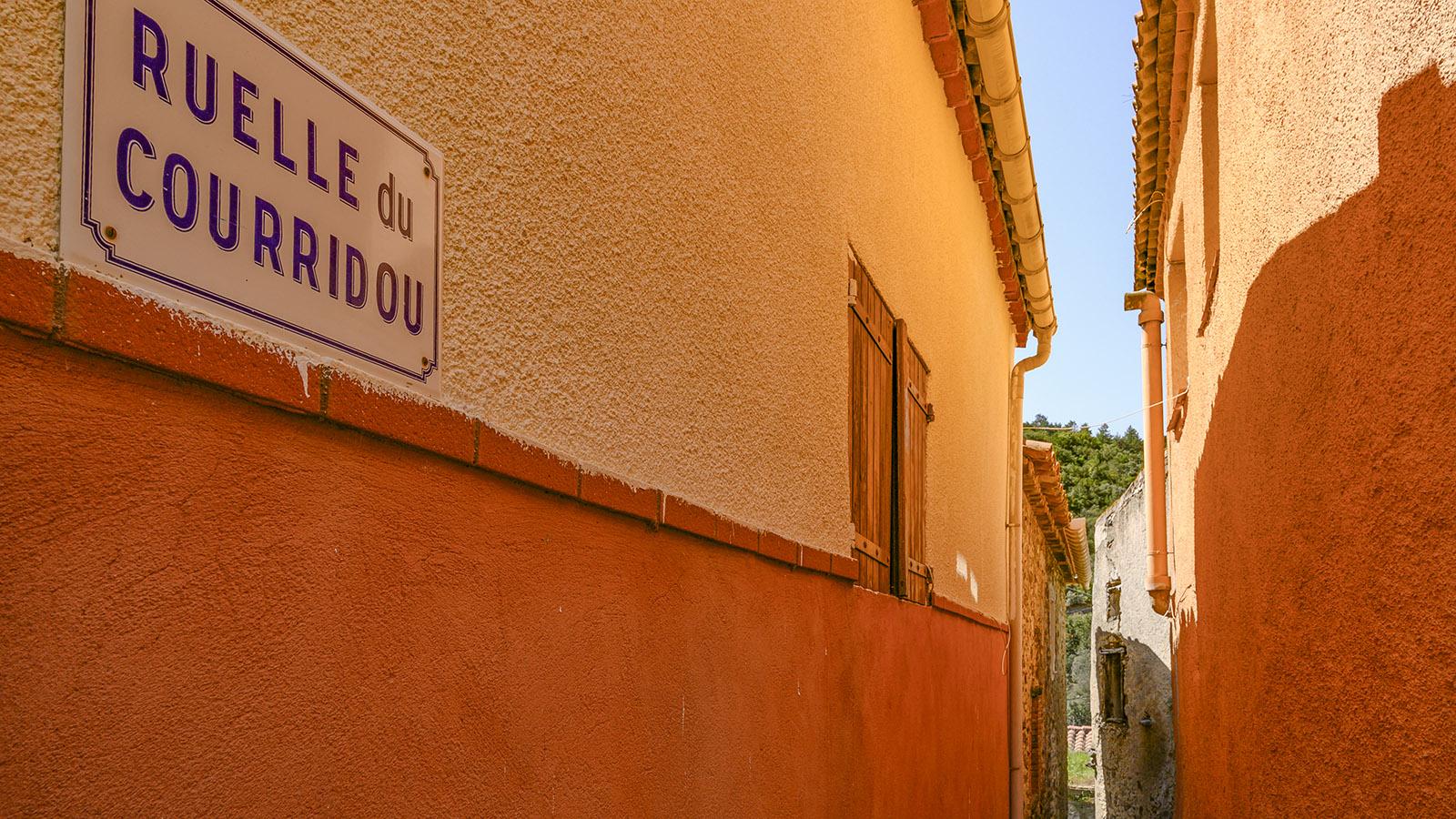 Prugnanes: Ganz schön schmal: die Ruelle du Courridou. Foto: Hilke Maunder