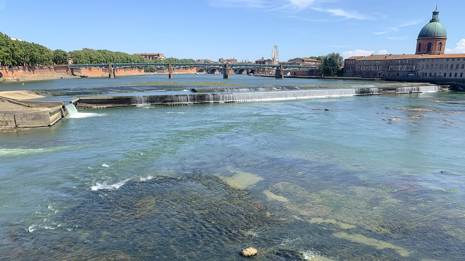 Garonne: Blick flussaufwärts von Bazacle, Foto: Hilke Maunder