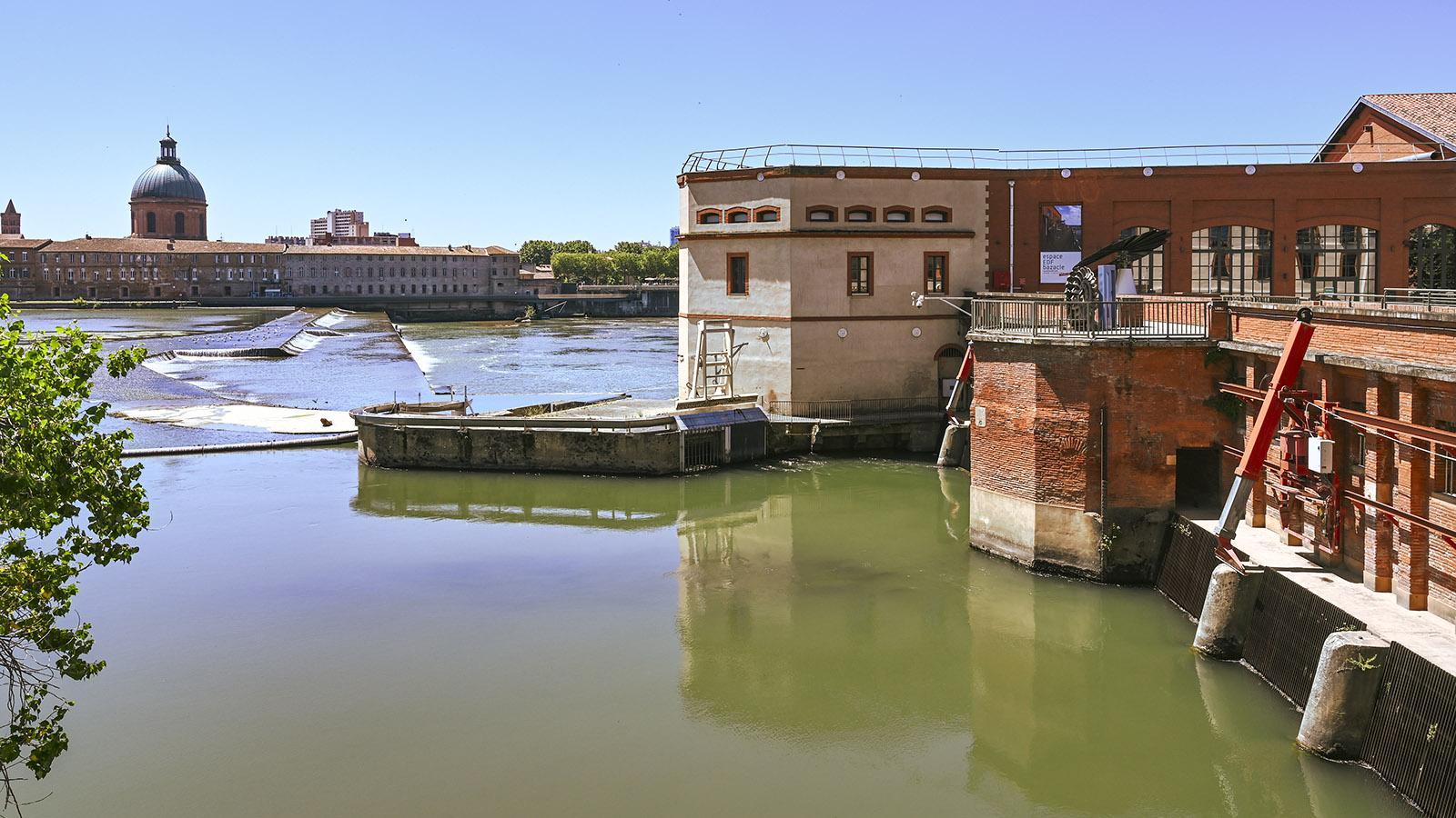 Das Wehr von Bazacle mit dem Wasserkraftwerk der EDF. Foto: Hilke Maunder