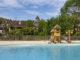 Vom Pool blickt ihr auf Beaulieu. Foto: Hilke Maunder