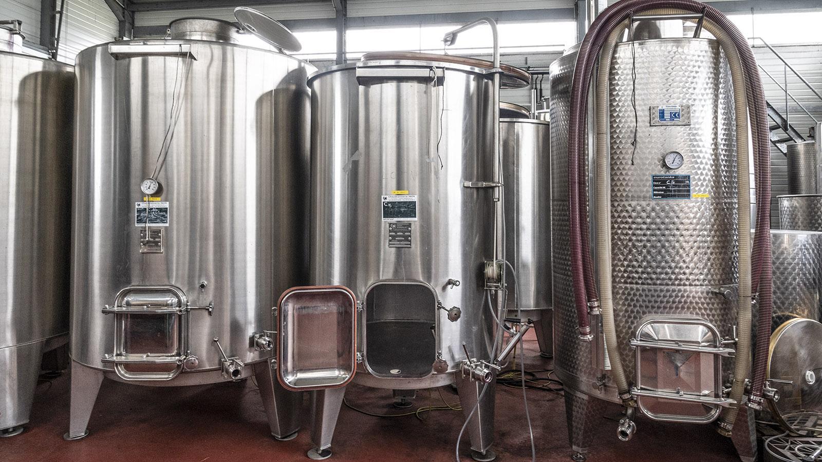 Coteaux de la Vezere: Die Weine werden allesamt in Edelstahltanks ausgebaut. Foto: Hilke Maunder