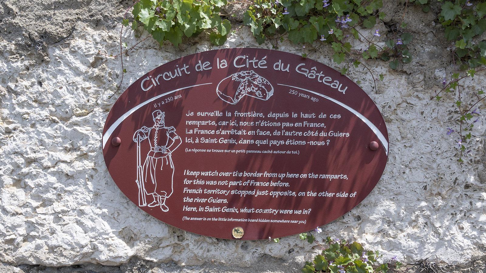 Saint-Genix: Solche Infotafeln begleiten euren Stadtspaziergang. Foto: Hiilke Maunder