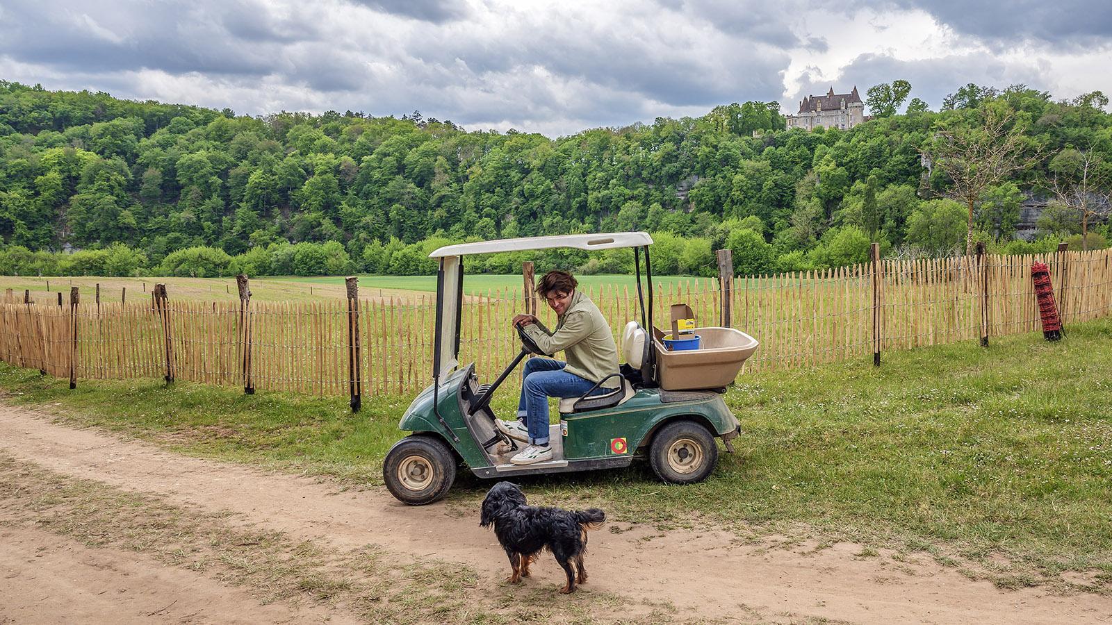 Louis Hamelin und sein Hund sind unzertrennlich. Foto: Hilke Maunder