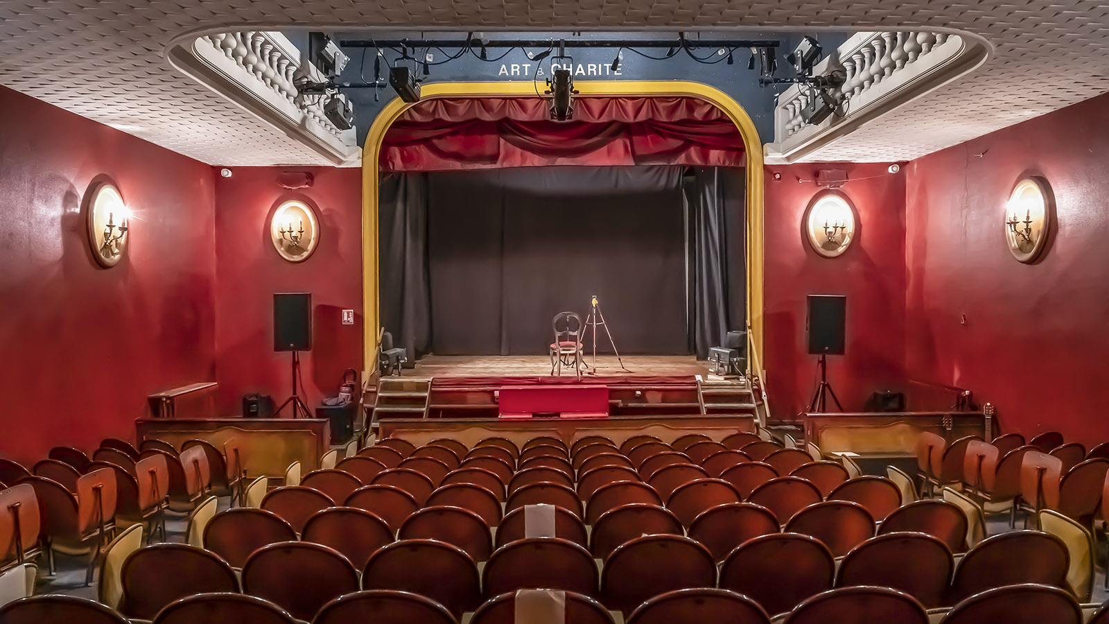 Der Bühnenraum des Théâtre de L'Œuvre. Foto: Hilke Maunder
