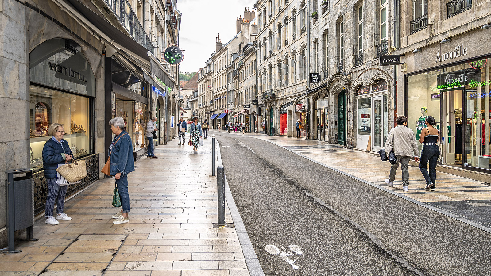 Die Grande Rue von Besançon. Foto: Hilke Maunder