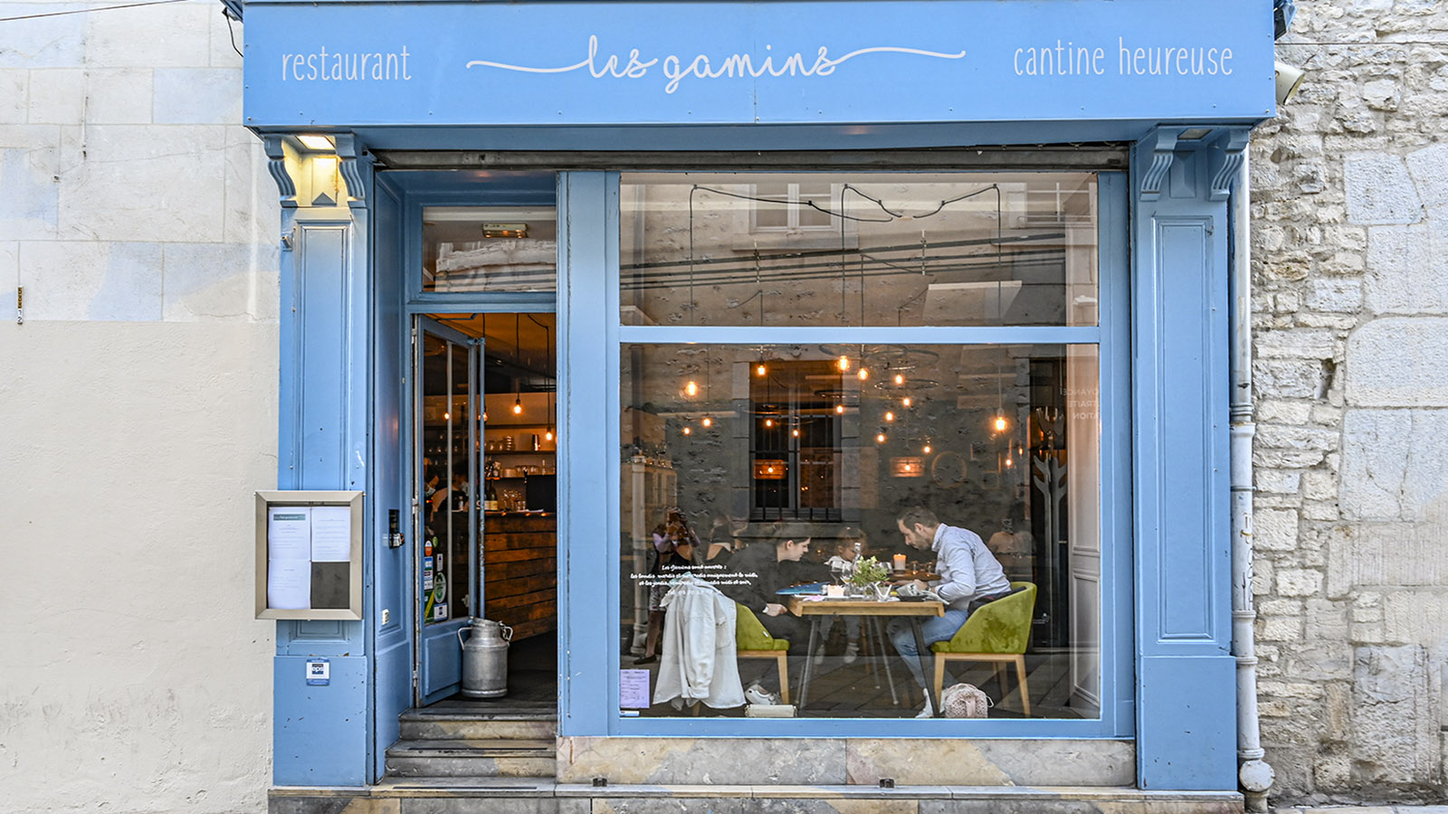 Les Gamins in der Altstadt von Besançon. Foto: Hilke Maunder