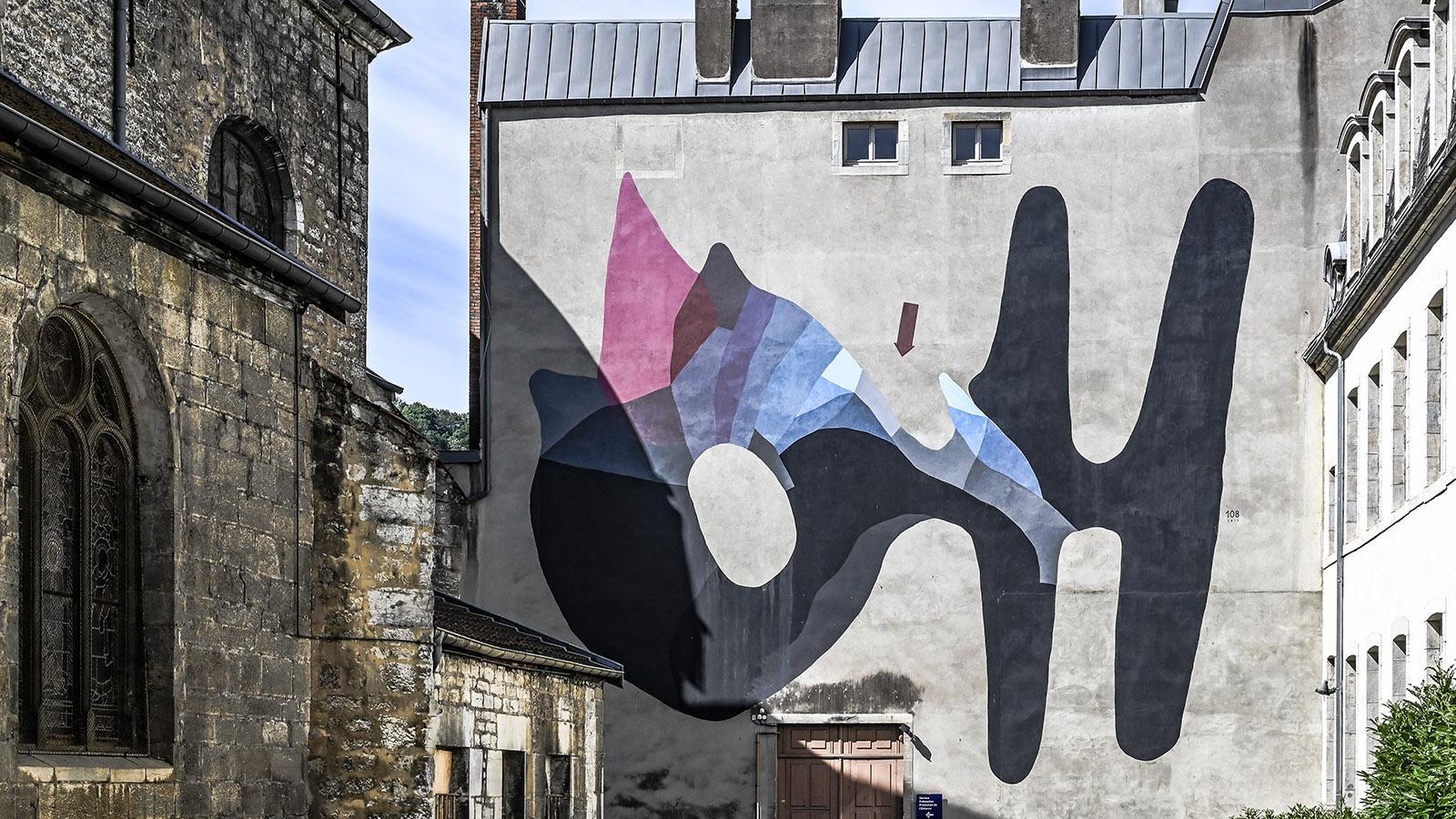 Das größte Wandbild von Besançon. Foto: Hilke Maunder