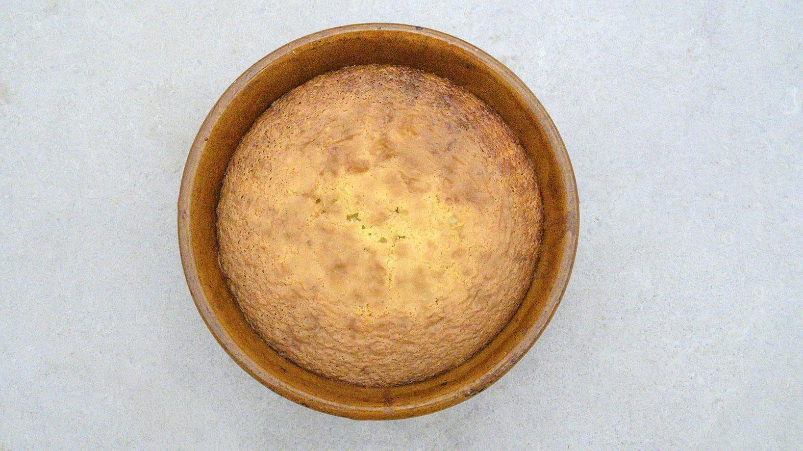 Clafoutis aux cérises frisch aus dem Ofen. Foto: Hilke Maunder