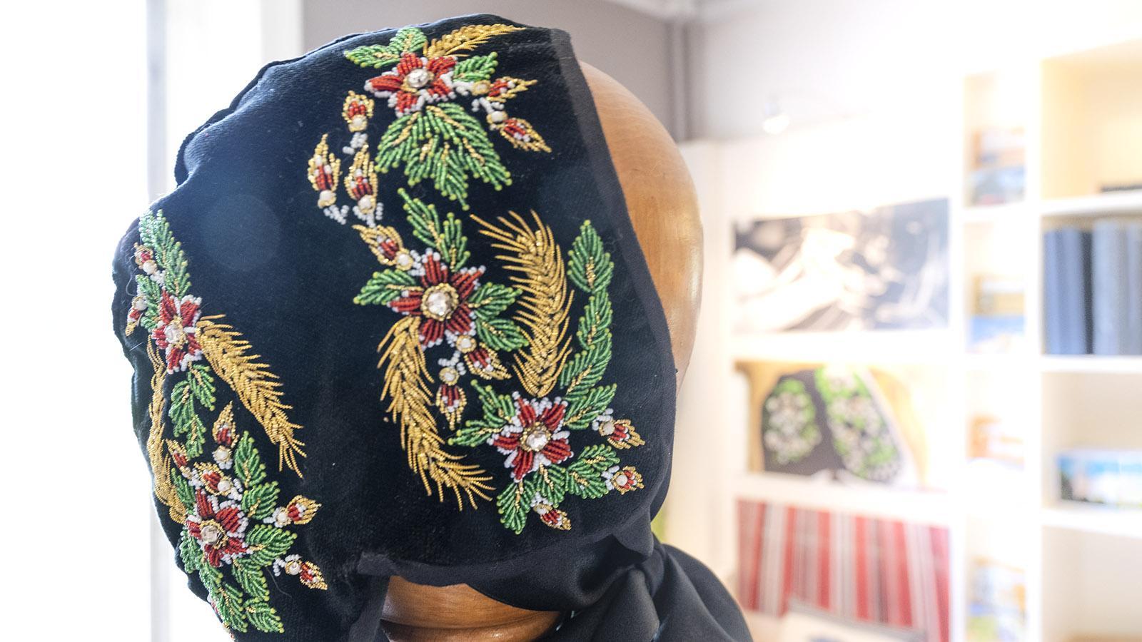 Solche <em>diairi</em> genannte Hauben trugen einst protestantische Frauen im Montbéliard. Foto: Hilke Maunder