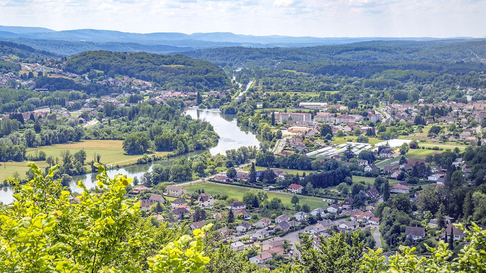 Der Ausblick auf das Tal des Doubs. Foto: Hilke Maunder