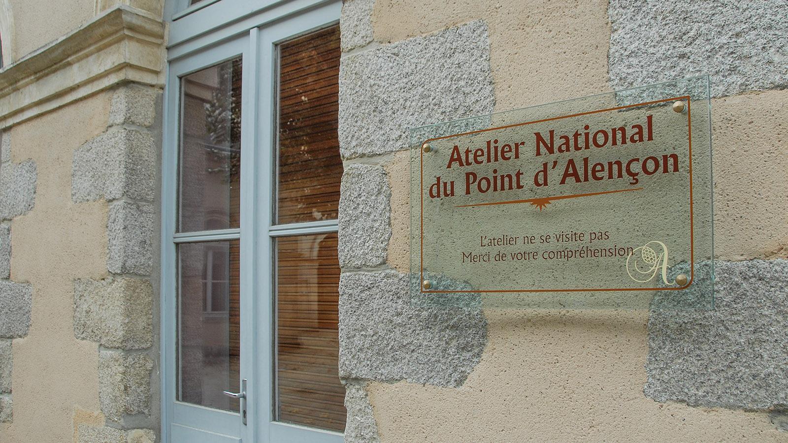 Die staatliche Spitzenmanufaktur von Alençon besteht bis heute, lässt sich aber nicht besichtigen. Foto: Hilke Maunder