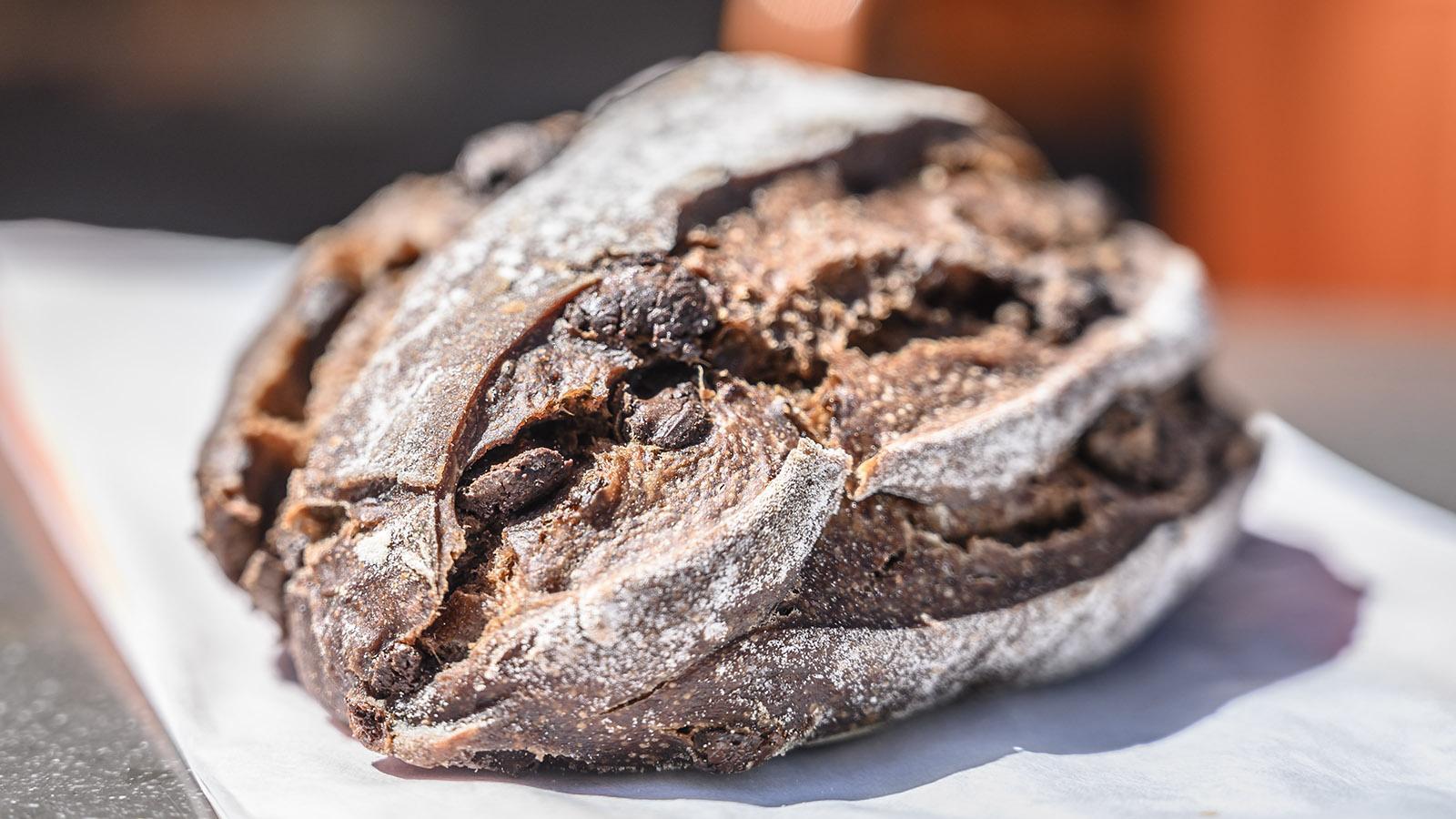 Pain au chocolat - ganz wortwörtlich. Foto: Hilke Maunder