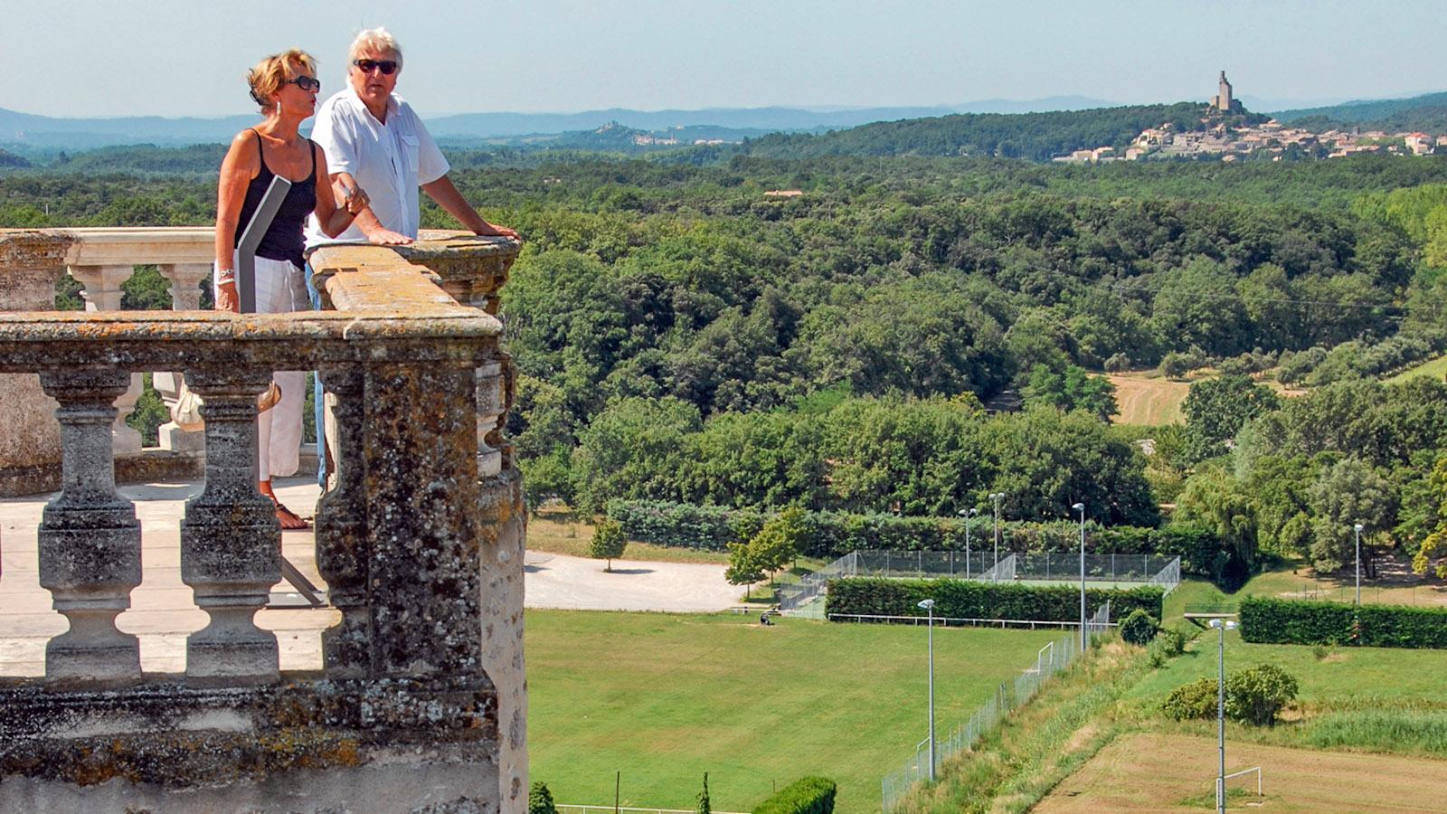 Der Blick von der Schlossterrasse in Grignan. Foto: HIlke Maunder