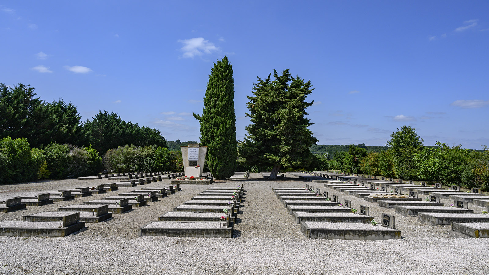 Der Friedhof der Gedenkstätte. Foto: Hilke Maunder