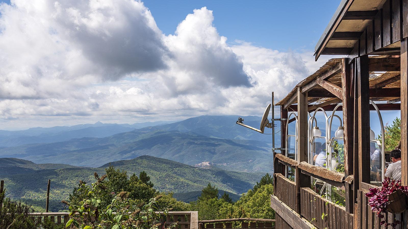 Das Aussichtslokal des Col de l'Ouillat (Coll de l'Ullat). Foto: Hilke Maunder