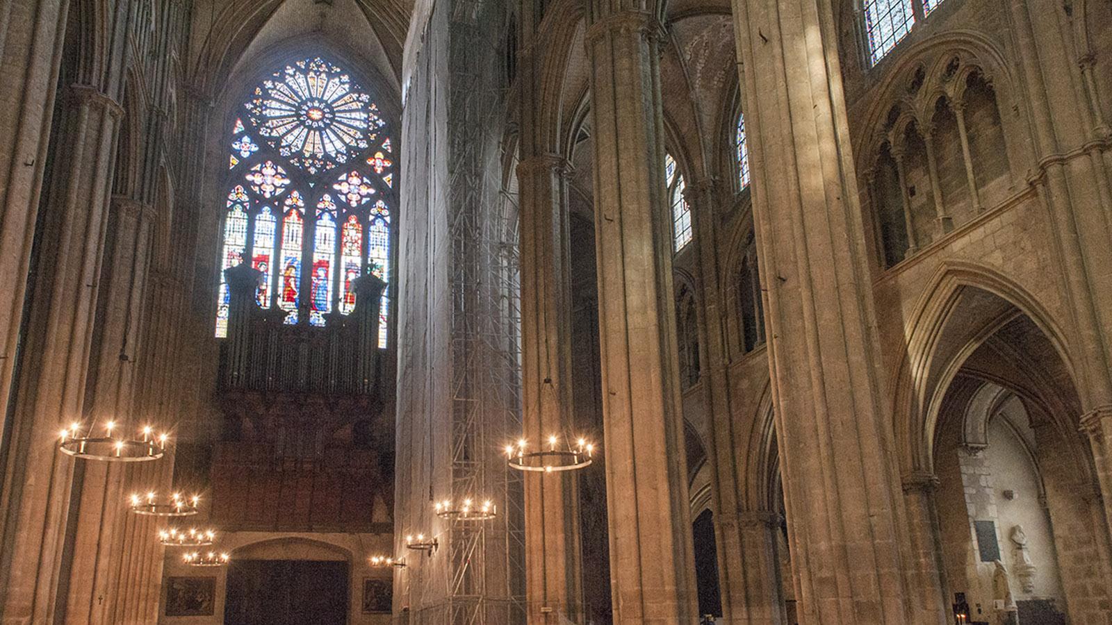 Welterbe des Berry: die Kathedrale von Bourges. Hier heiratete 1137 Ludwig VII. Eleonore von Aquitanien und wurde Ludwig XI. zum König gekrönt.