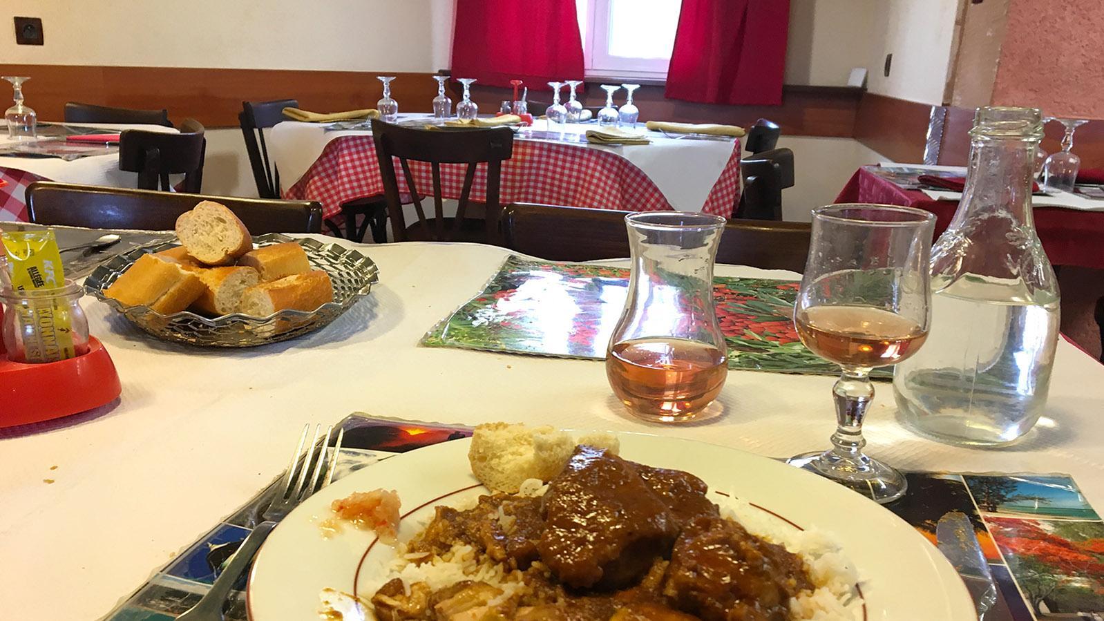 Unterwegs im Berry. Chez Anne: kreolische Hausmannskost von der Inse La Réunion. Foto: Hilke Maunder