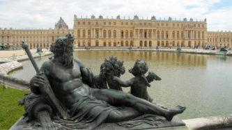 F/Île de France/Versailles: Schloss Versailles, Mittelbau vom Parterre d'Eau