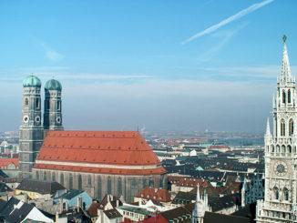 München: Frauenkirche und Rathaus. Foto: Hilke Maunder