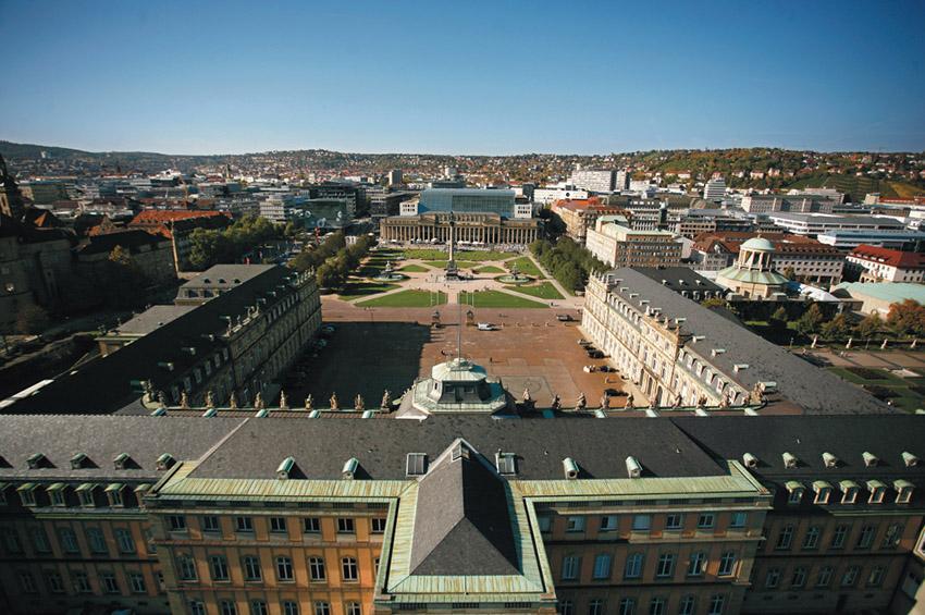 Stuttgarter Schlossplatz.