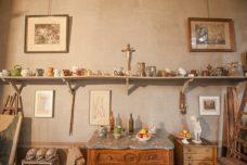 F_Aix-en-P._Atelier Cézanne_Wand_Objekte©Hilke Maunder