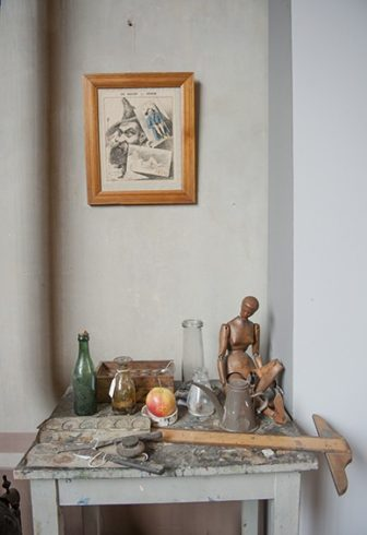 F_Aix-en-P._Atelier Cézanne_Wandbild_Werkzeug©Hilke Maunder