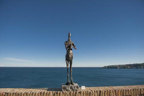 F_Antibes_Picasso-Museum_Terrasse_Germaine Richier_©Hilke Maunder