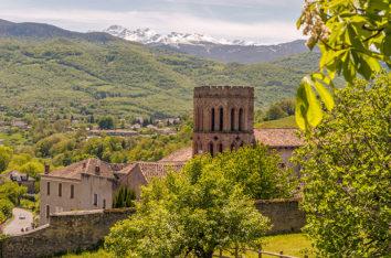 F_Ariege_Saint-Lizier_Stadtansicht_Kathedrale_Pyrenäen_7_credits_Hilke Maunder