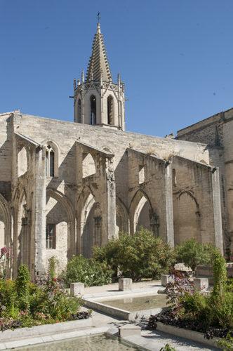 f_avignon_temple-saint-martial_hilke-maunder