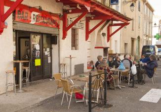 F_Azille_Café des Artistes_credit_Hilke Mander