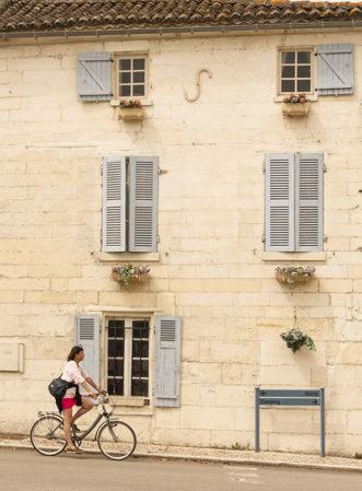 F_Bourg-Charente_Dorf_Rad_2_credits_Hilke Maunder