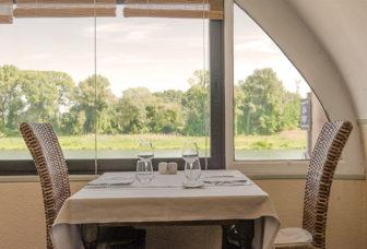 f_bourg-saint-andeol_ho%cc%82tel-le-prieure_restaurant_rho%cc%82nehilke-maunder