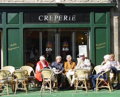 F/Loire-Atlantique/Guérande: Creperie in der Altstadt.