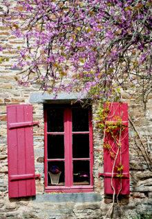 F_Bretagne_La Gacilly_Frühling_Fassade_©Hilke Maunder