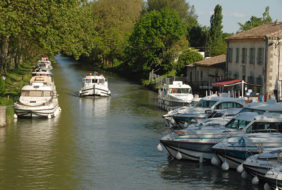 F/Aude/Canal du Midi: Port de Bram