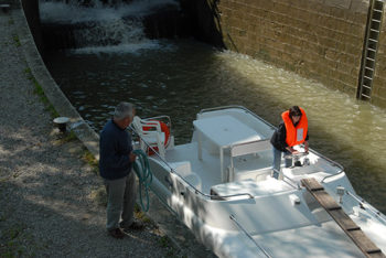 F_Canal du Midi_Claudia A. beim Schleusen©Hilke Maunder