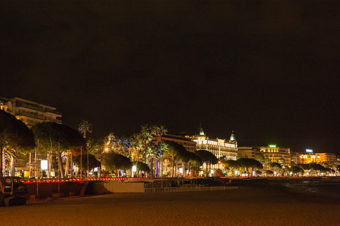F_Cannes_Croisette_nachts_©Hilke Maunder