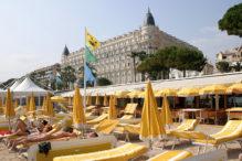 F_Cannes_Strand_Carlton_credits_Pressebild Office de Tourisme